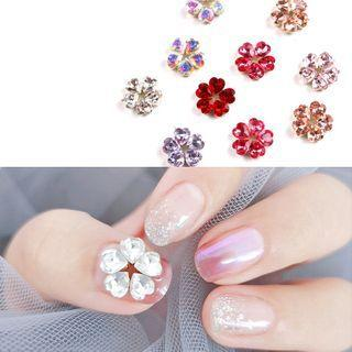 Rhinestone Flower Nail Art Decoration