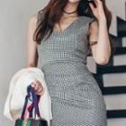 Sleeveless Houndstooth Sheath Dress