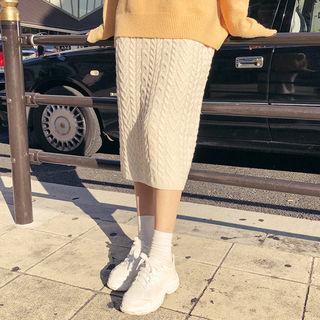 Slit-side Cable-knit Skirt