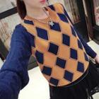 Color-block Diamond Pattern Knit Top