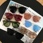 Plastic Retro Round Sunglasses