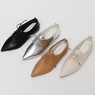 Pointy-toe Pleather Oxfords