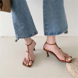 Toe-ring Kitten Heel Sandals
