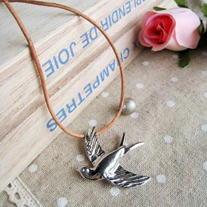 Silver Flying Pigeon Leather Necklace