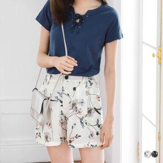 Floral Print Pleated Shorts
