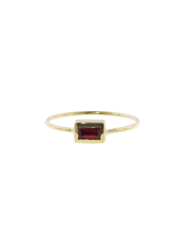 Jennifer Meyer Ruby Baguette Ring - Yellow Gold