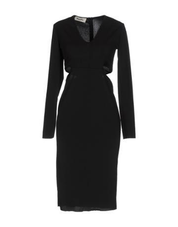 Kimika Knee-length Dresses