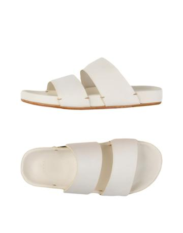 Feit Sandals