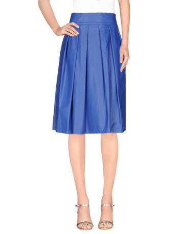 Pour Knee Length Skirts