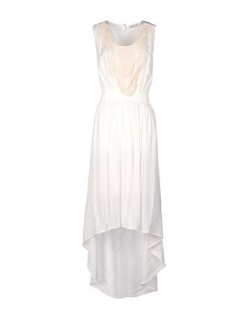Alisya Knee-length Dresses