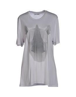 One T Shirt T-shirts
