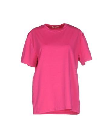 B.w.t. T-shirt T-shirts