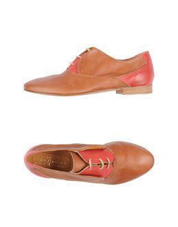 Lady Kiara Lace-up Shoes
