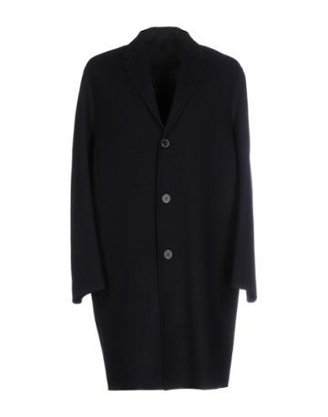 Plac Coats