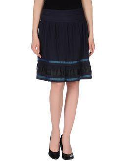 Hybris Knee Length Skirts