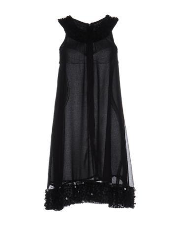 Iconique Short Dresses