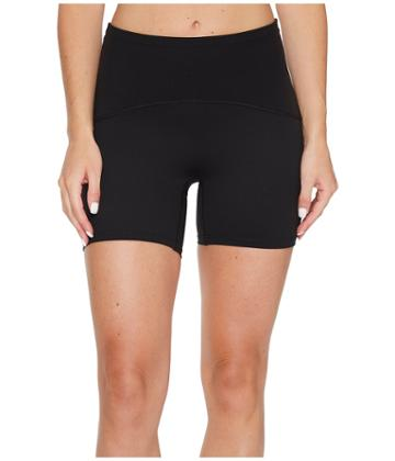 Spanx - Active Compression 4 Shorts
